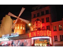 Moulin Rouge+Free City Tour