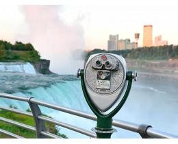 Niagara Falls in bus da New York